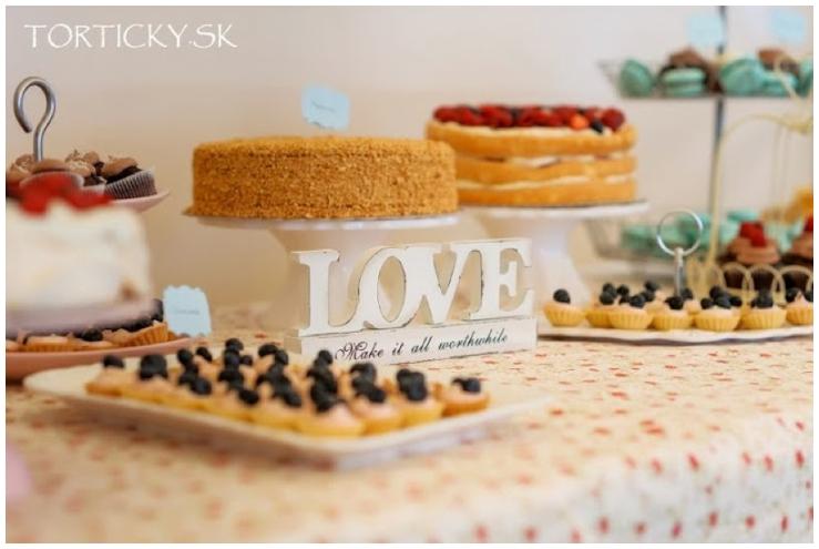 Perfect Day, svadobna inspiracia, svadba, Slovensko, urob si sam kvetinova stena_0008
