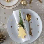 5 tipov, ako ozvláštniť vianočný stôl servítkami